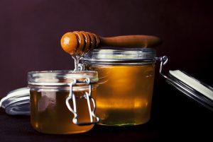 தேன், சுத்தமான தேன், சுத்தமான தேனை கண்டுபிடிப்பது எப்படி, தேன் பயன்கள், தேனின் பயன்கள், தேன் மருத்துவம், honey, how to find original honey, original honey, honey uses, honey medicine, simple way to find original honey,